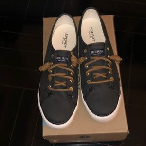 BRAND NEW SPERRY SEACOAST TOP SIDER